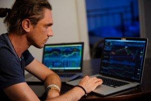 Crypto Signals   Forex Academy